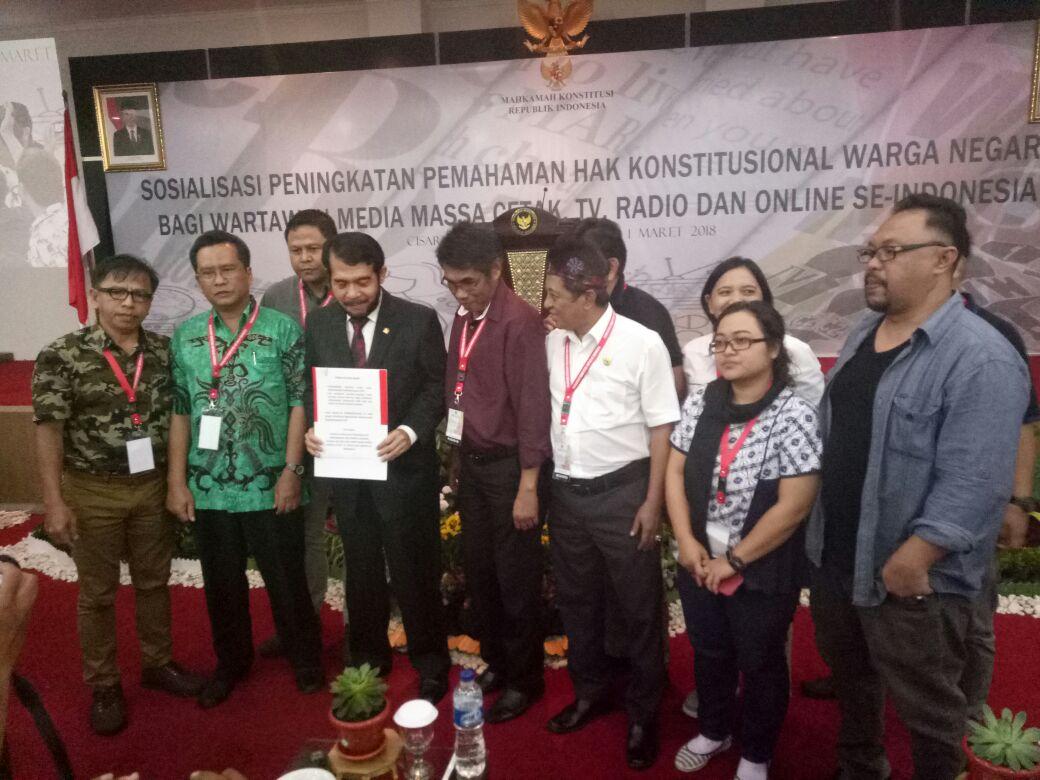 WARTAWAN SE INDONESIA TOLAK REVISI UU MD3