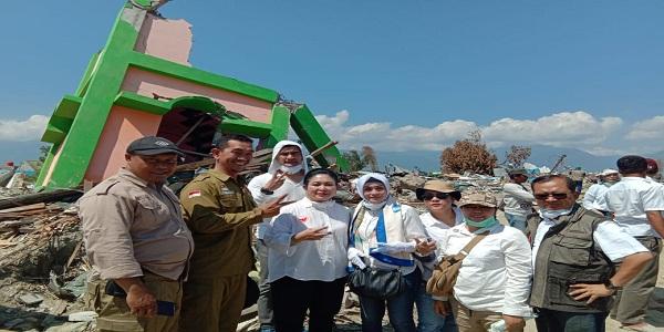Peduli Korban Gempa, Titiek Soeharto Beserta Raslina Rasidin & Shandy Sharif  Kunjungi Palu