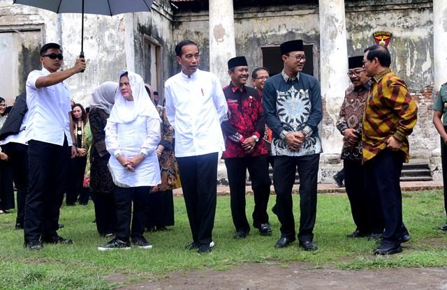 Jokowi Renovasi Benteng Van den Bosch