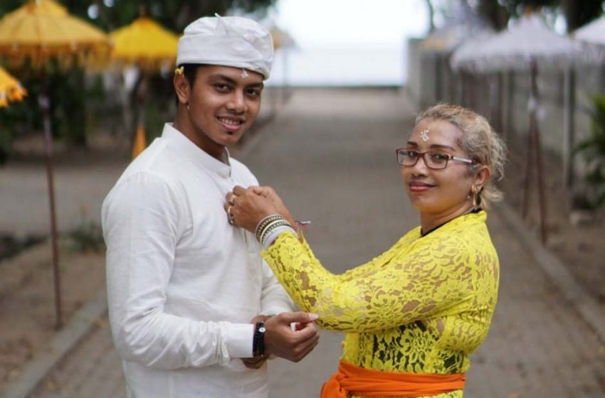 Perenang Nasional I Gede Siman Sudartawa Bangga Dengan Mama Ni Made Sri Karmini