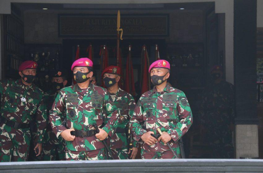 Panglima TNI Sidak Kesiapan Prajurit Petarung Korps Marinir Cilandak