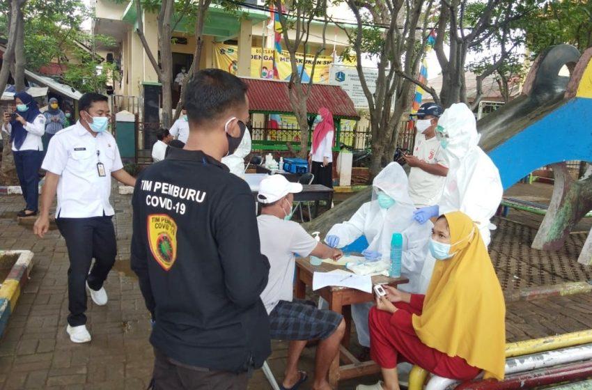 Antisipasi Penyebaran Covid-19, Polsek Kep Seribu Utara dan Instansi Terkait Tes Swab di Pulau Kelapa