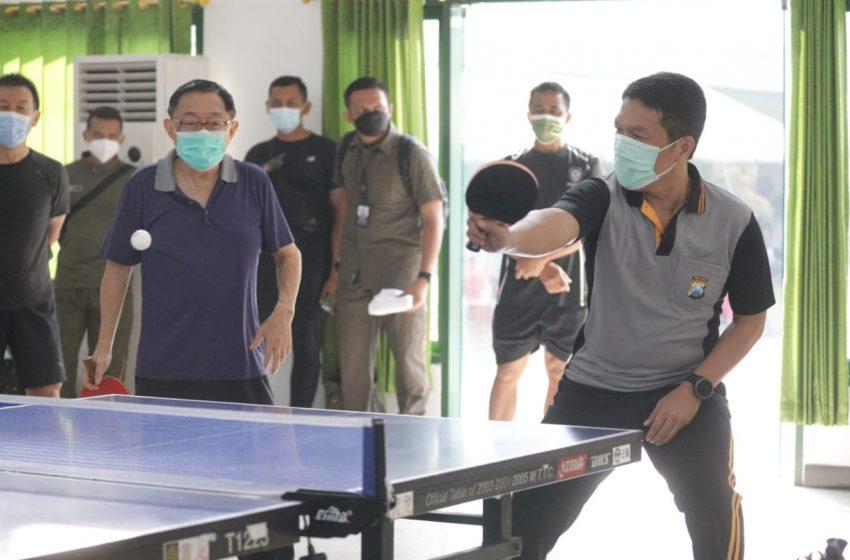 Tenis Meja Bareng Eratkan Sinergitas TNI dan Polri di Jatim