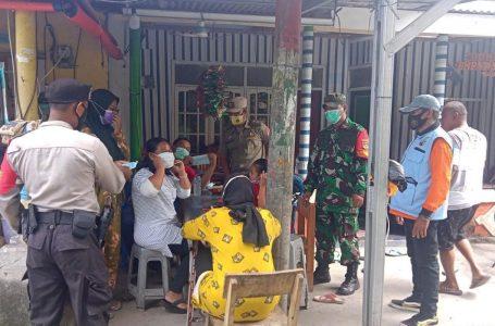 """""""Jakarta Bermasker"""" Tiga Pilar Kepulauan Seribu Bagikan 1800 Masker Medis Gratis"""