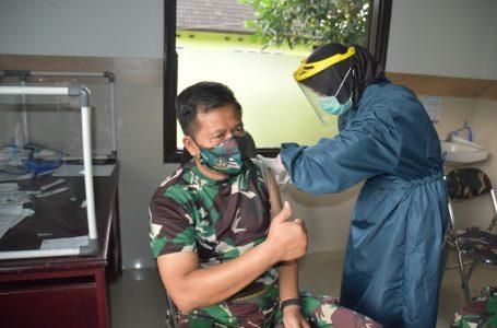 Vaksinasi Serentak Organik Militer Seskoad