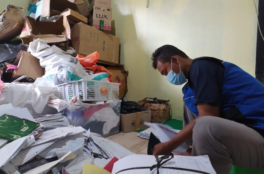 Barkasmal Bantu Beasiswa Anak Yatim dan Kaum Dhuafa dari Barang Bekas