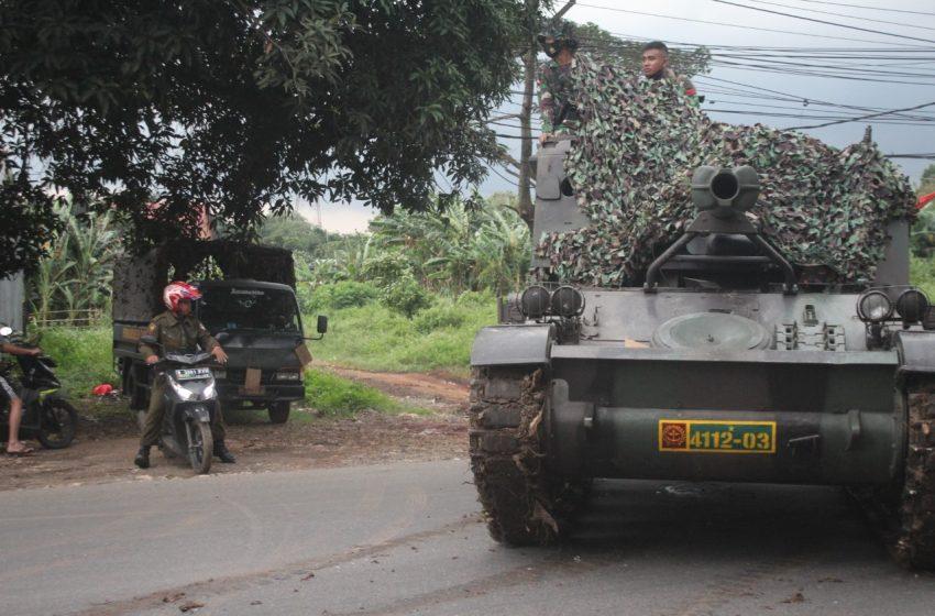 Kapendam Jaya: Video Anggota TNI Menurunkan Tank Guna Penyekatan Pemudik, Itu Tidak Benar
