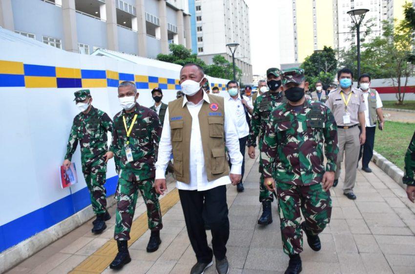 Pangdam Jaya Dampingi Kepala BNPB Mengunjungi RSDC Wisma Atlit Kemayoran