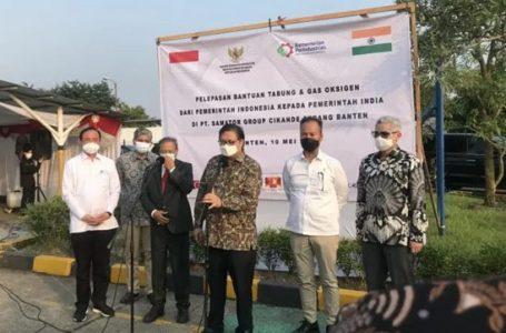 Airlangga Lepas Pengiriman Bantuan Oksigen Atasi Covid-19 Gelombang Kedua di India