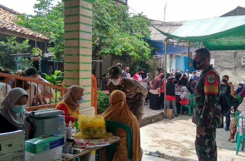 Grebek Vaksin di Kelurahan Duri Kosambi