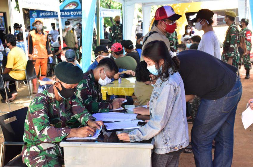 Kodam Jayakarta Gelar Apel PPKM Darurat dan Vaksinasi di Stasiun Manggarai