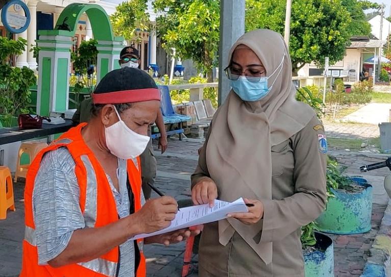 Ops Yustisi Gabungan Polsek Kep Seribu Utara Beri Sanksi 11 Pelanggar Prokes