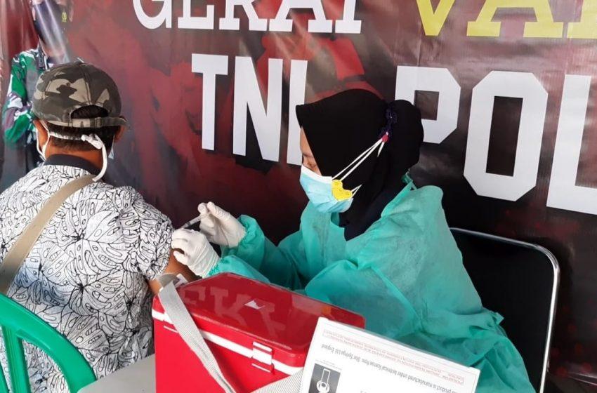 Gelar Suntik Vaksin, Gerai Vaksin Presisi Polres Kep Seribu Suntik 59 Warga Masyarakat