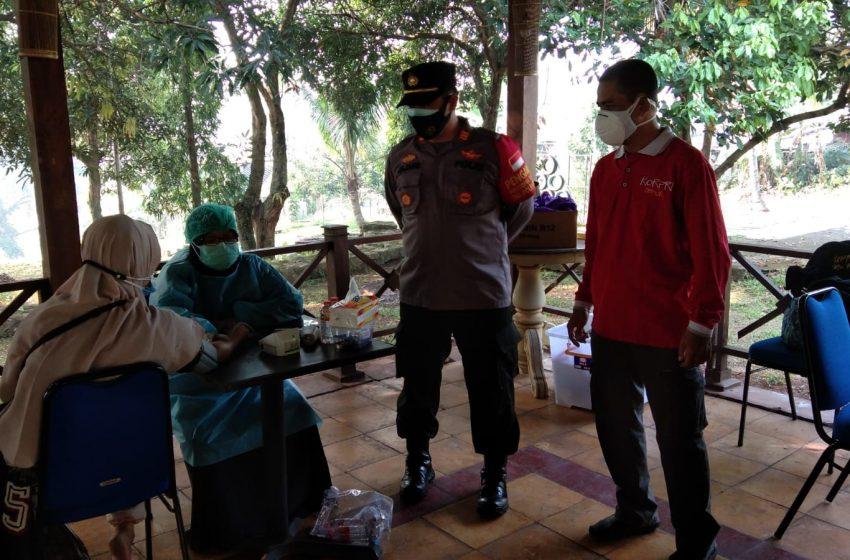 Vaksinasi Massal untuk Warga dan Ormas di Kecamatan Limo