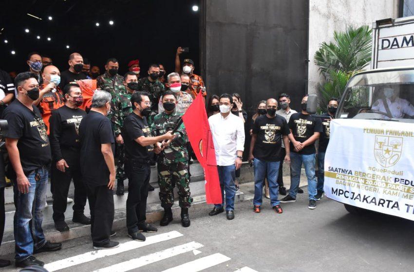 Kasdam Jaya Pemberian Simbolis Paket Sembako Bersama Pemuda Pancasila