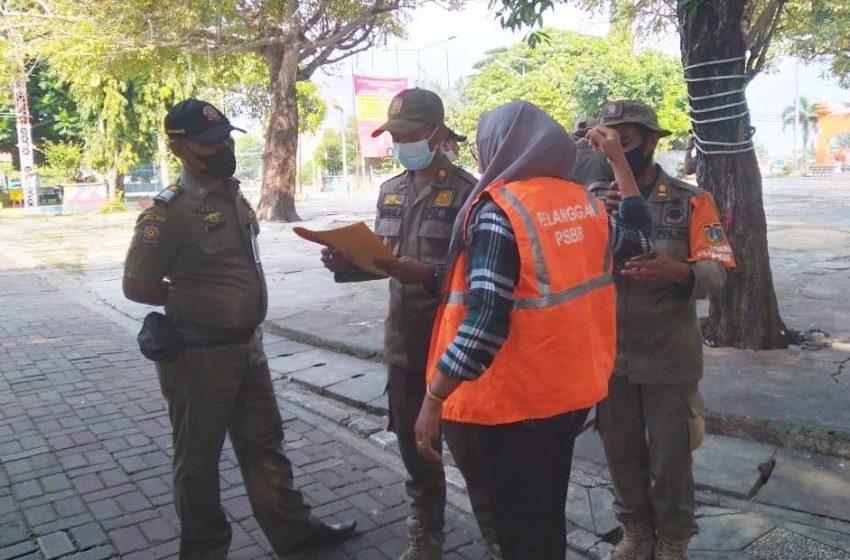 Terus Disiplinkan Warga, Ops Yustisi Gabungan Polsek Kep Seribu Utara Beri Sanksi 8 Pelanggar ProKes