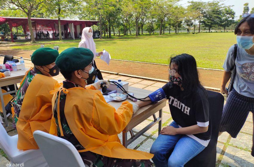 Kapolsek Sukmajaya Sambut Baik Vaksinasi Indonesia Merdeka Bersama 'Nawahasta' Dalam Meningkatkan Imunitas dan Membentuk Herd Immunity Warga Depok