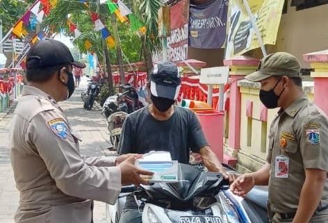Warga Pulau Seribu Hari ini Dapat 1.700 Masker dari Polres Kep Seribu