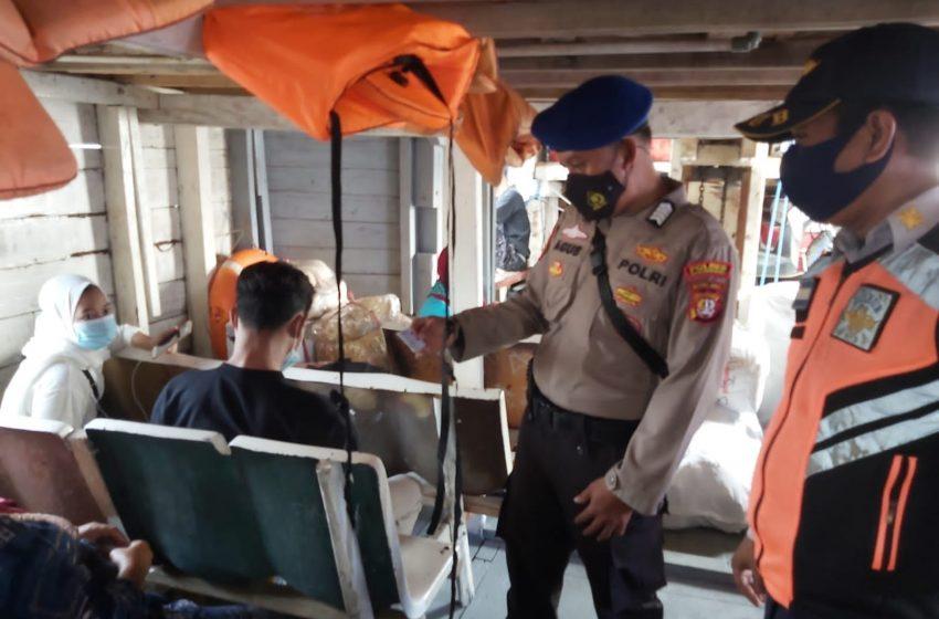 Setelah Dapat Himbauan ProKes di Dermaga Keberangkatan, 127 Warga Berangkat ke Pulau Seribu