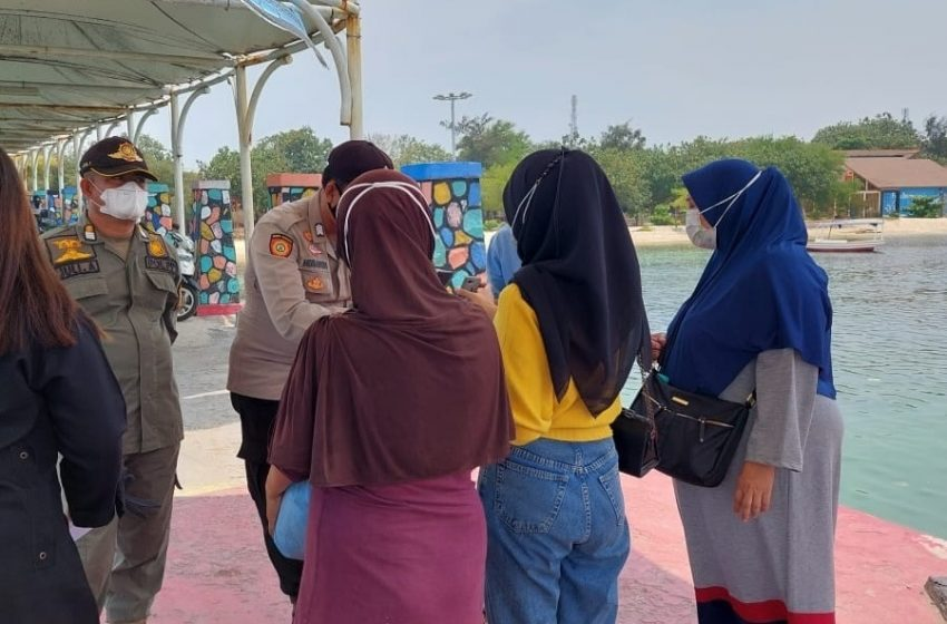 Tunjukkan Sertifikat Vaksin, 34 Warga Tiba di Pulau Untung Jawa.