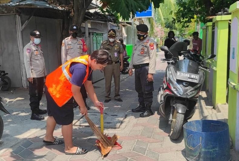 Ops Yustisi Gabungan di Pulau Tidung, Polsek Kep Seribu Selatan Tindak 4 Pelanggar ProKes