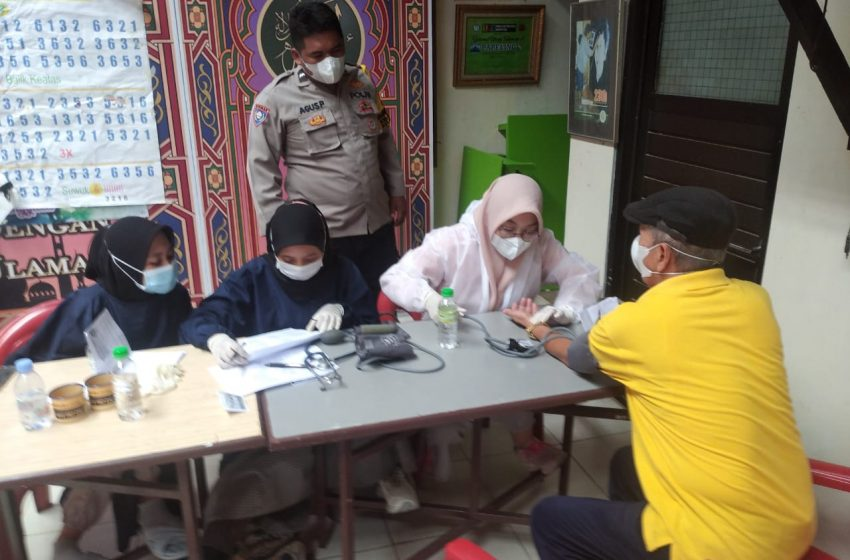 Polsek Cinere Siapkan 150 Dosis Vaksin I dan II Bagi Warga Kelurahan Cinere